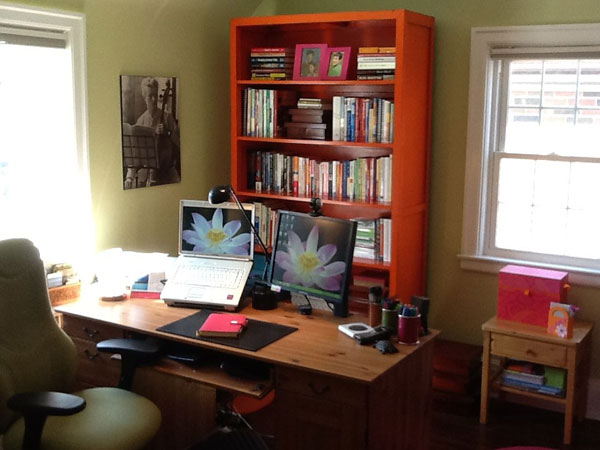 Get Up, Stand Up! How to Choose a Standing Desk
