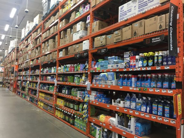 cleaning aisle at the Home Depot
